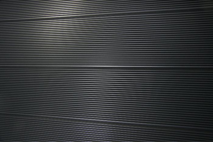 Contemporary zig-zag profile; 162mm cover.