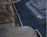 Peel and stick bituminous/asphalt membrane