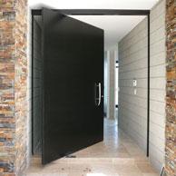AluTec pivot door front entrance
